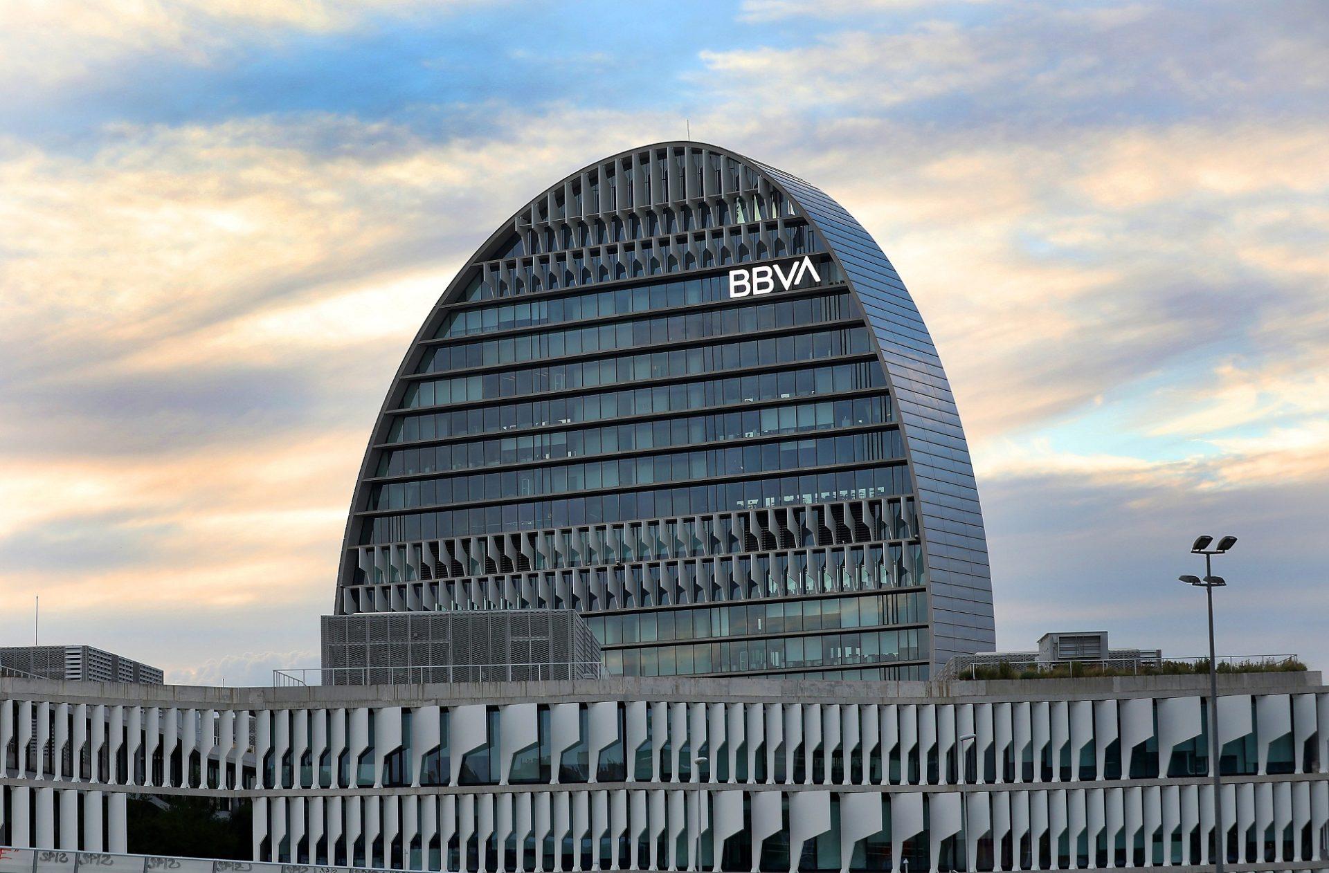 BBVA vende a su socio Cerberus el 20% de Divarian
