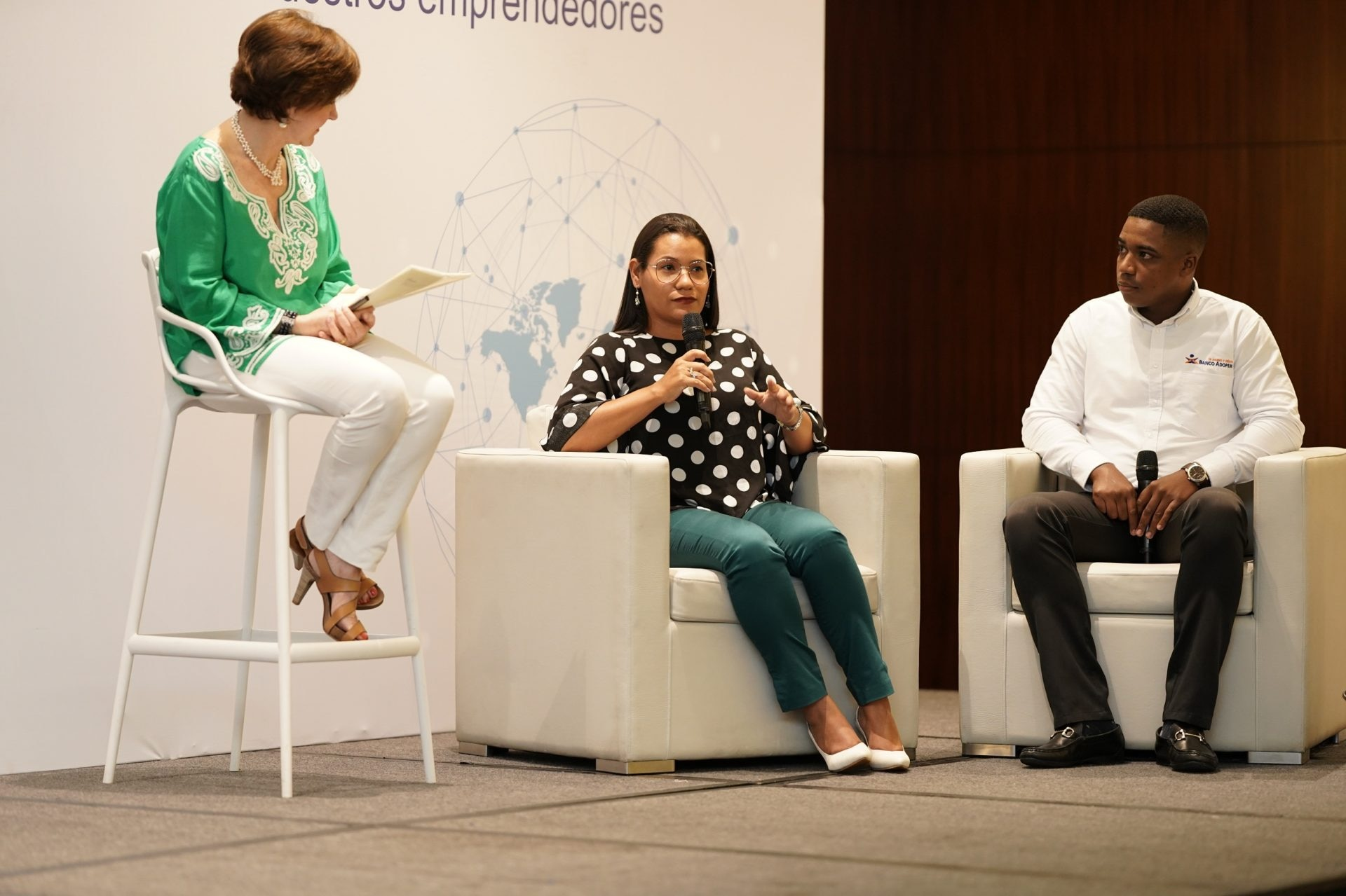 July Londoño, asesora Bancamía, en las VI Jornadas Corporativas de la FMBBVA