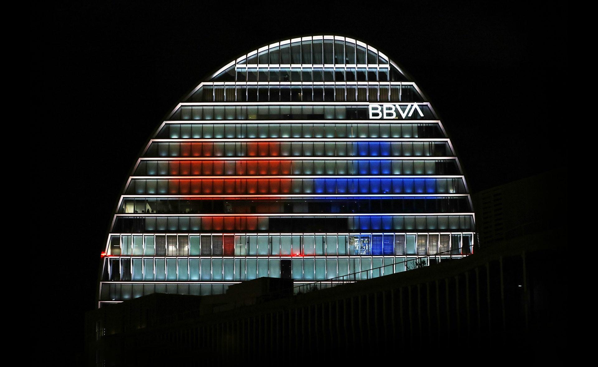 La Vela _Coronavirus_se ilumina_BBVA_Pandemia_solidaridad