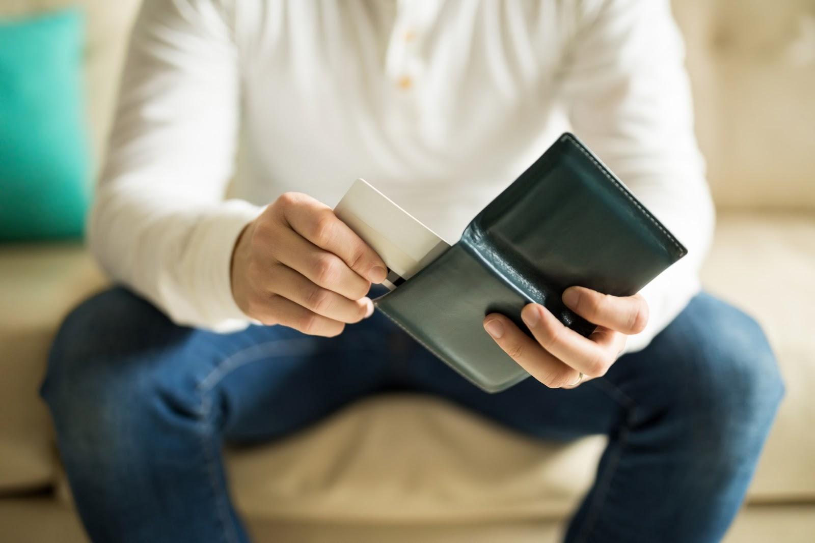 ¿Qué se debe tomar en cuenta antes de recurrir a un crédito?