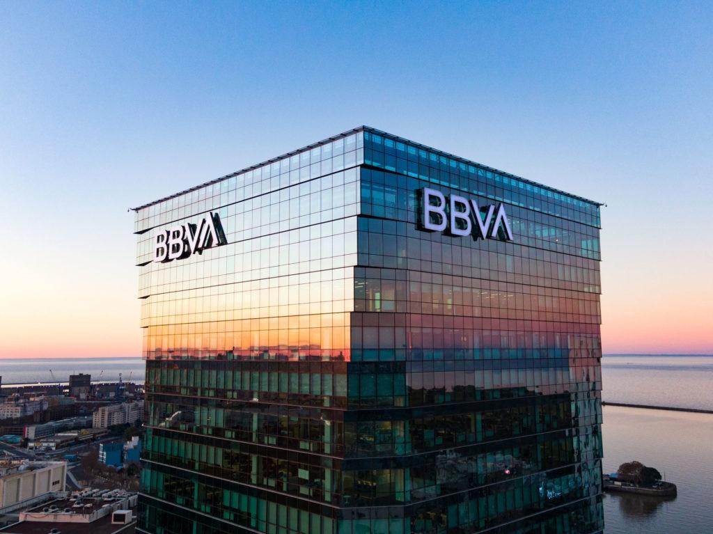BBVA lanza una plataforma digital de educación financiera...