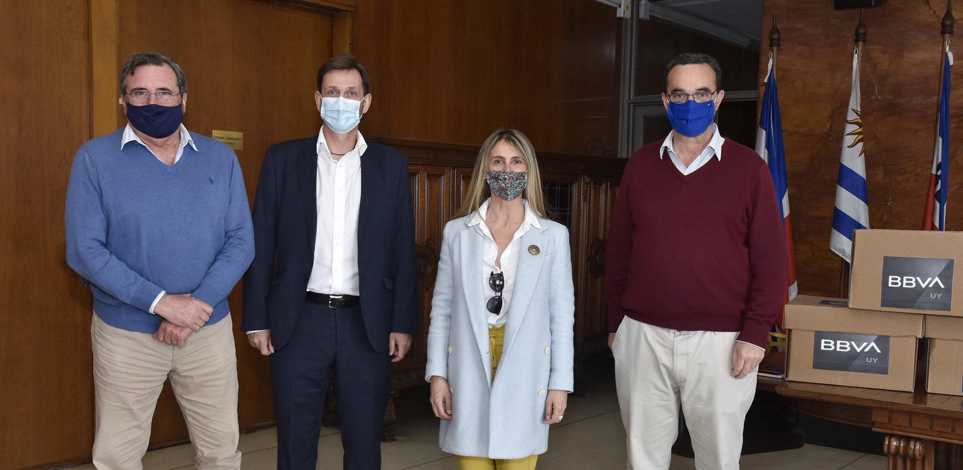 Donación de tapabocas Uruguay