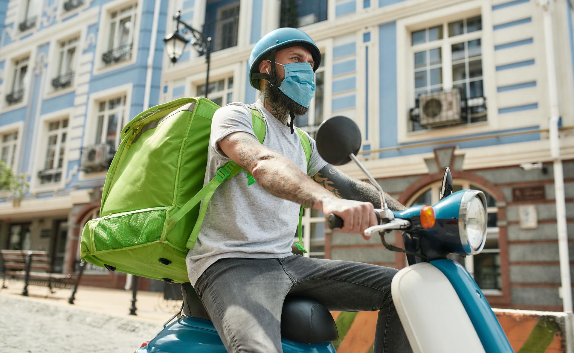 MOTO_ELECTRICA-sostenibilidad-motocicleta-transporte-medioambiente-cuidado-contaminación-