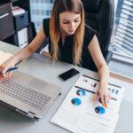 mujer_finanzas-tecnologia-liderazgo-trabajo-empleo