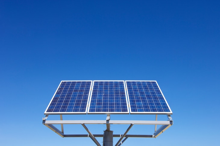 BBVA-paneles-solares-int-2-sostenibilidad-energia-luz-placas