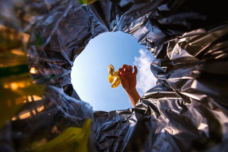 BBVA-reciclaje-basura-residuos-consejos-cuidado-sostenible-diferenciar-contenedores