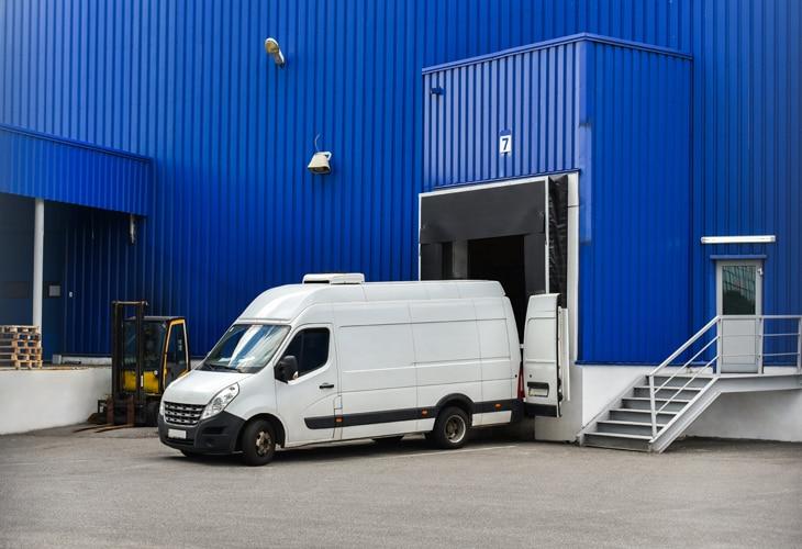 Interior-1-Logistica-sostenibilidad-cadena-empresa-montaje-envio