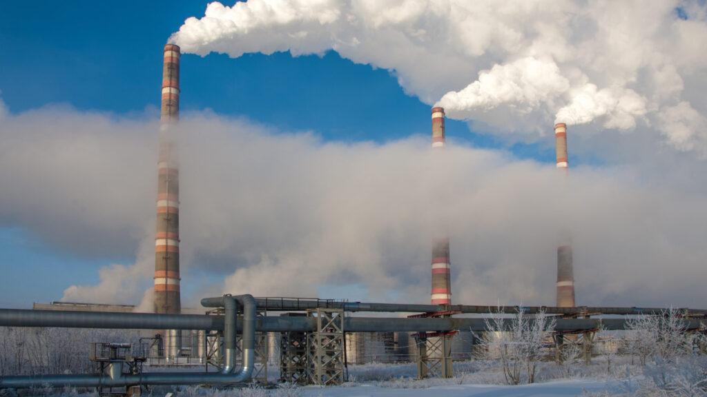 cogeneracion-fabricas-gases-industrias-urbano-contaminacion-aire-energias-sostenibilidad-urbana