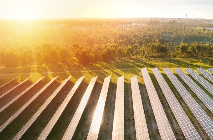 energia-luminosa-sostenibilidad-bbva-renovable-sostenible