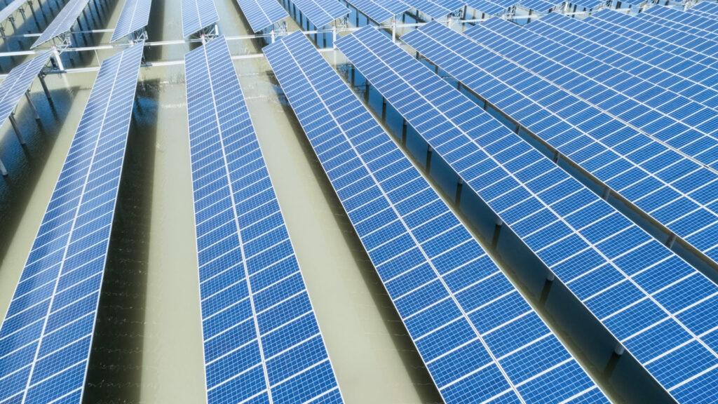 energia_fotovoltaica_apertura-sostenibilidad-paneles-solares-california