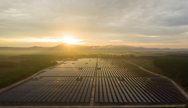 BBVA-diez-paises-transicion-energetica-placas-energia-solar