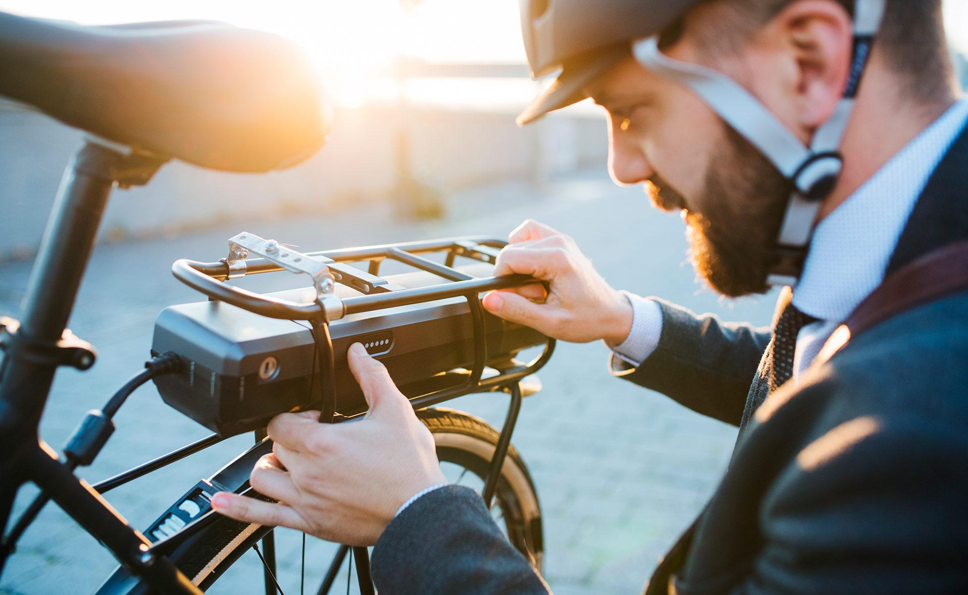bicicleta_electrica-sostenibilidad-movilidad-ciudad-transporte-velocipedo-ruedas