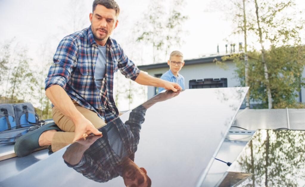 energía-renovable-sostenibilidad-fuentes-solares-placas-hogar