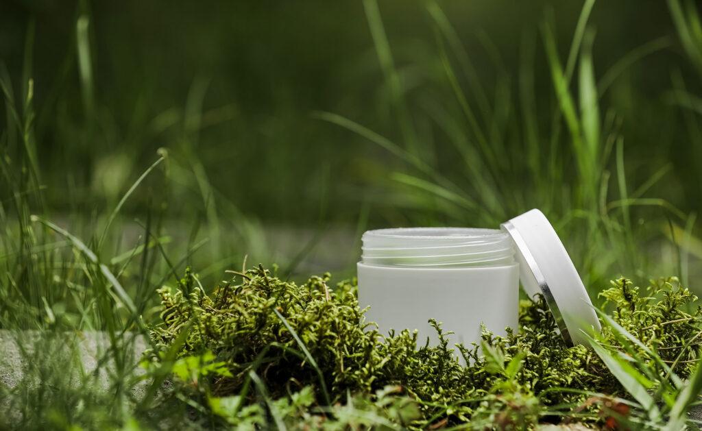 packaging_ecologicos-almacenaje-cajas-residuos-gestion-reciclaje-cuidado-planeta