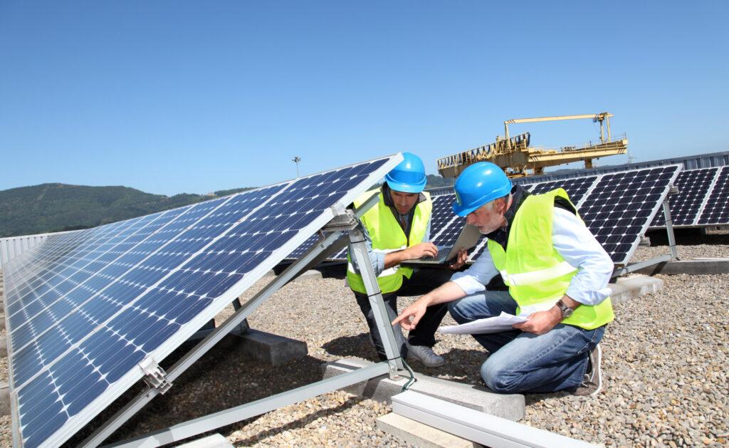paneles_solares-energia-sol-sostenible-renovable-instalacion-vivienda