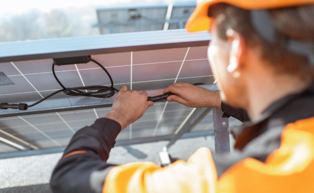 paneles_solares-energia-sostenibilidad-sol-ahorro-hogar-renovable-casas-sostenibles-bbva-