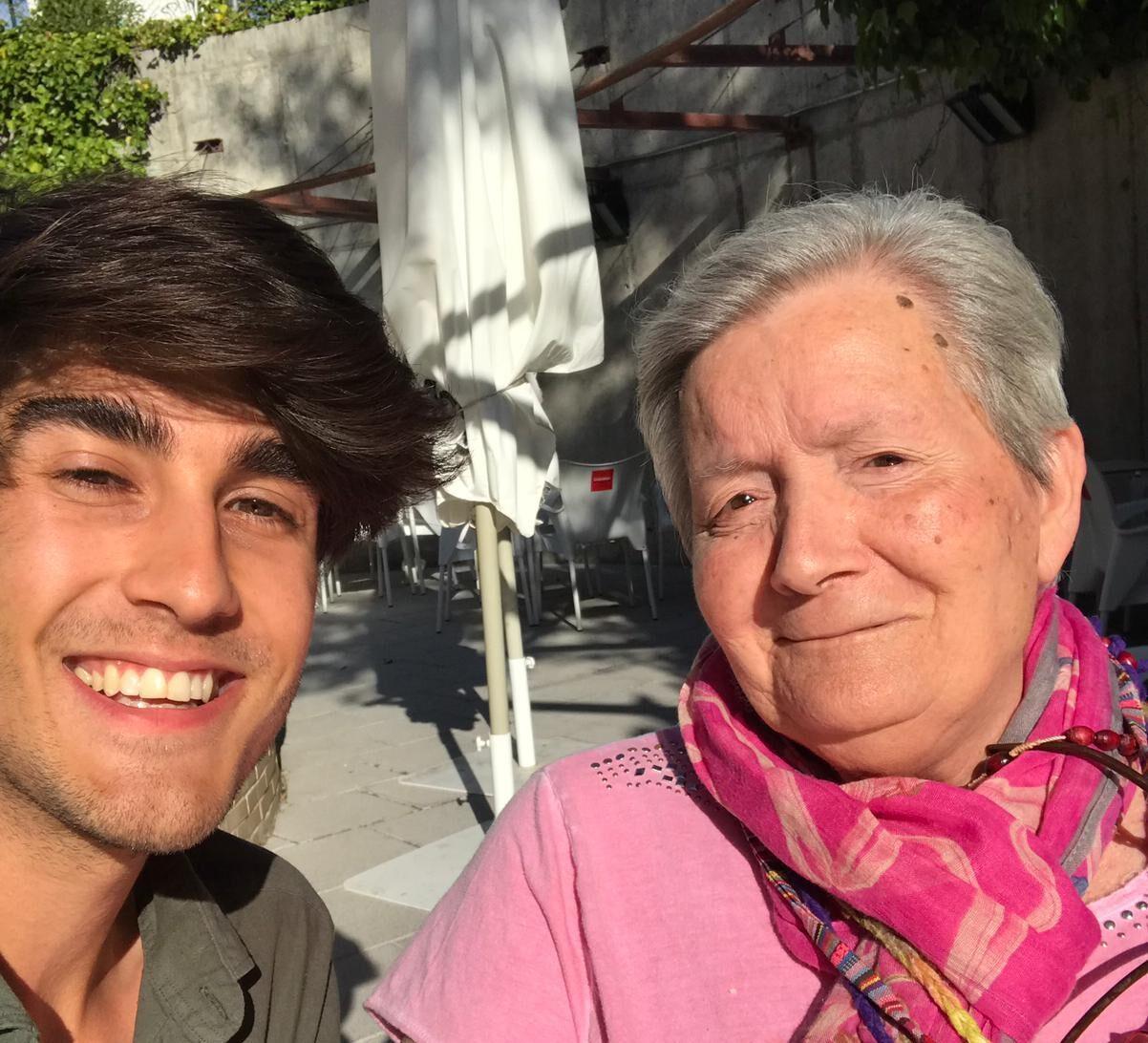 Madrid - Abuela María y Javier(4)-podcast-voluntarios-adopcion-abuelos-mayores