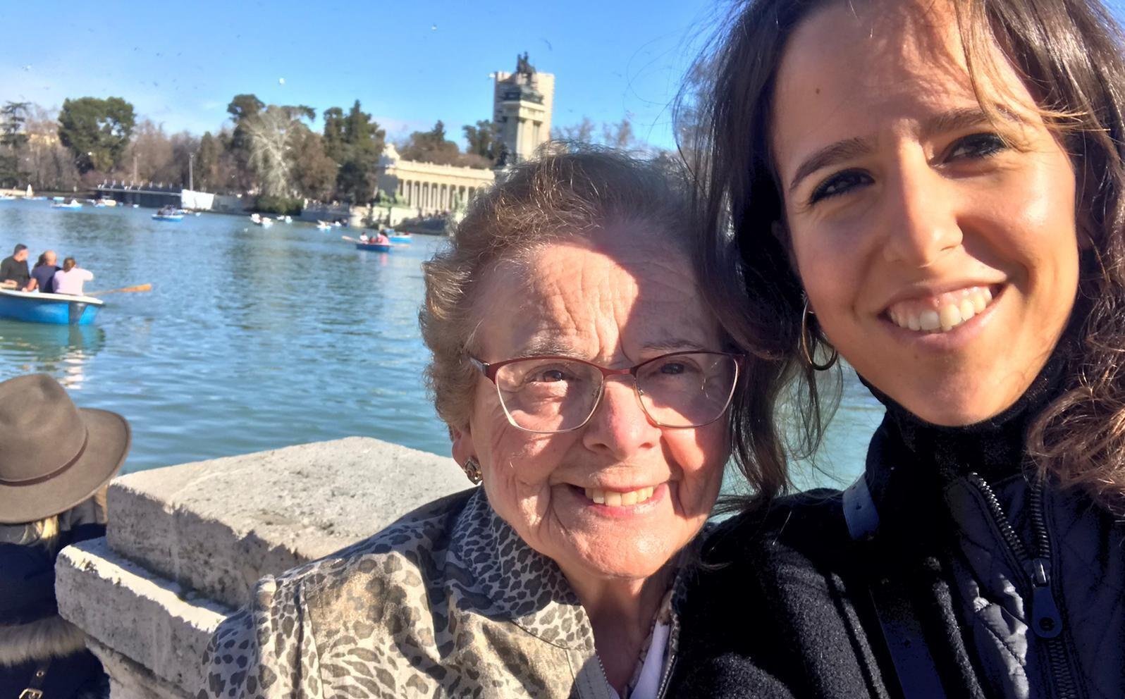 Madrid -Berta y Carmen-podcast-voluntarios-adopcion-abuelos-mayores