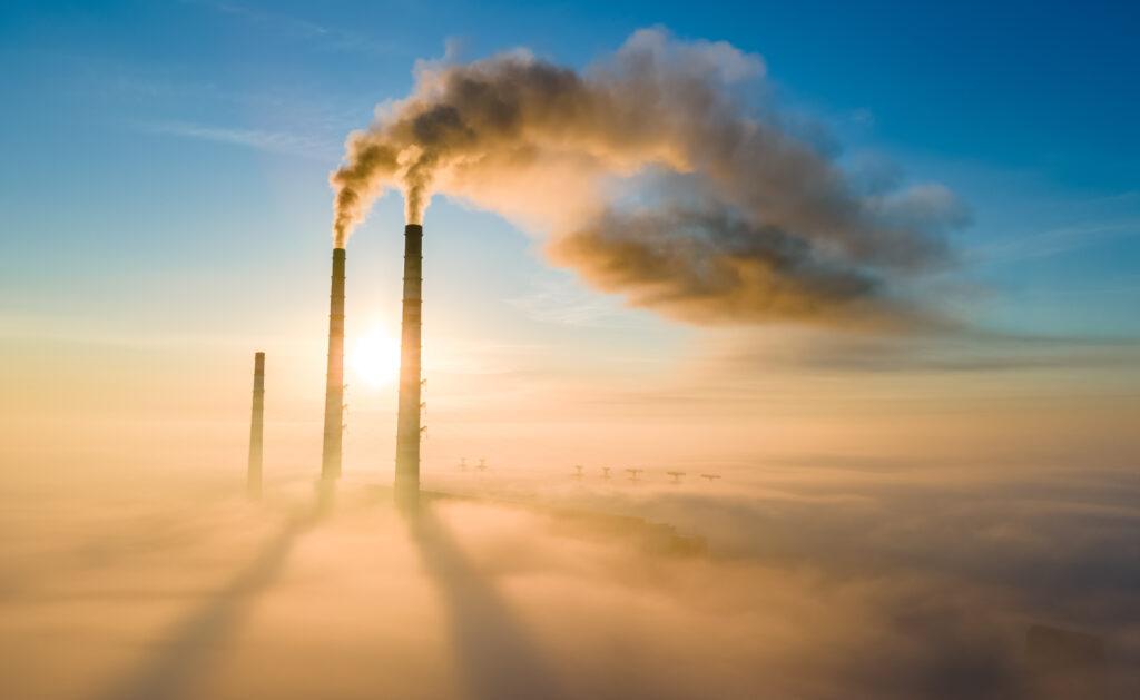 cambio_climático_calentamiento-global-sostenibilidad-fabricas-humos-contaminacion-aire