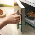cocinar_microondas-sostenibilidad-bbva-recetas-alimentacion-ahorro-energia