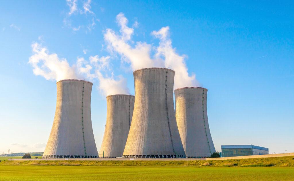 energía_nuclear-gases-medioambiente-cuidado-sostenibilidad