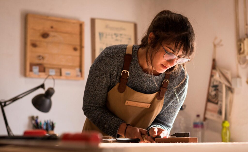 Female entrepreneurship: breaking down barriers around work-life balance, digitisation and financing