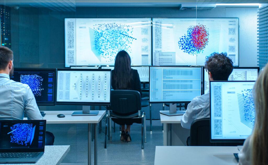 BBVA-HUB-europeo-matematicas-equipo-pantallas-números-gestión-empresa