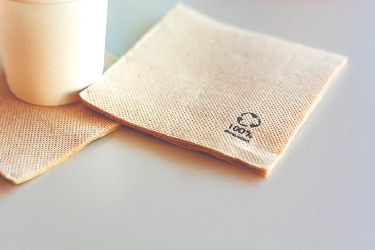 BBVA-innovacion-reciclaje-sostenibilidad-productos-consumo-renovables-servilleta-papel-carton