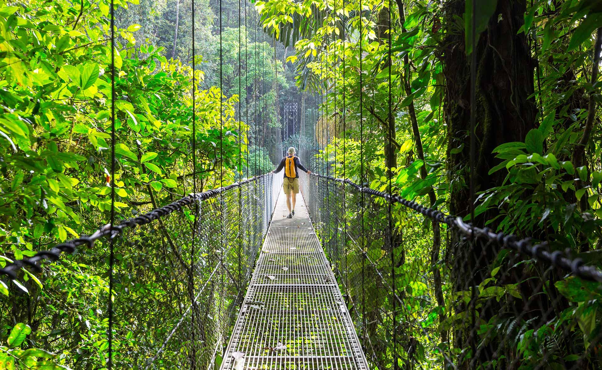 BBVA-turismo-ecologico-respeto-medioambiente-turistas-extranjeros-proteccion-planeta