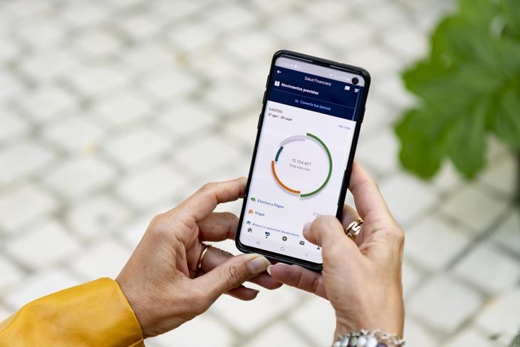 BBVA-app-forrester-mejor-banco-galardon-premio-año-consecutivo-apps-digitalizacion