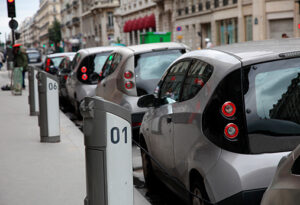 BBVA-car_sharing-movilidad-sostenible-responsabilidad-ciudadania-transporte-urbano-vehiculos