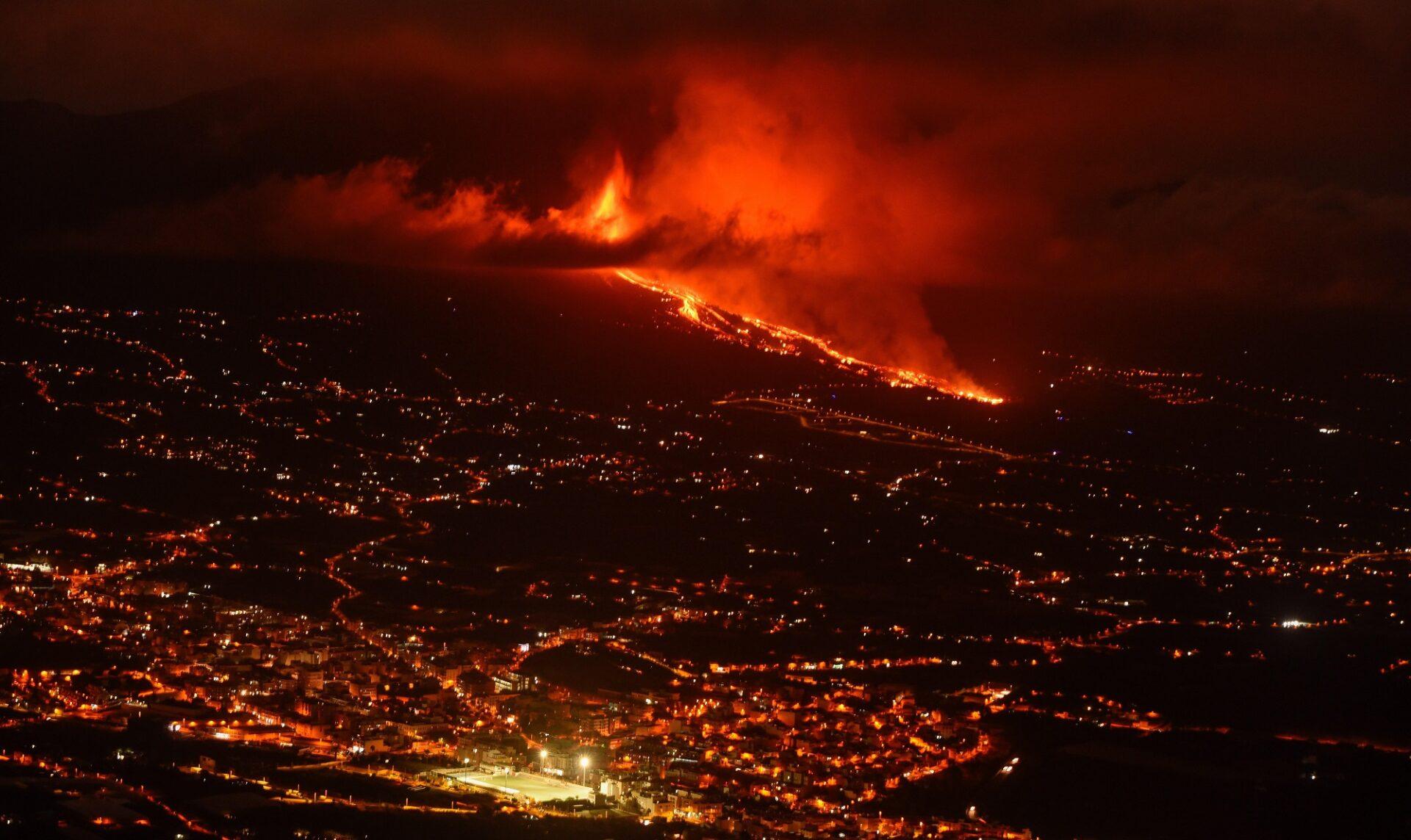 volcan-erupcion-la-palma-EFE-BBVA EFE/ Miguel Calero