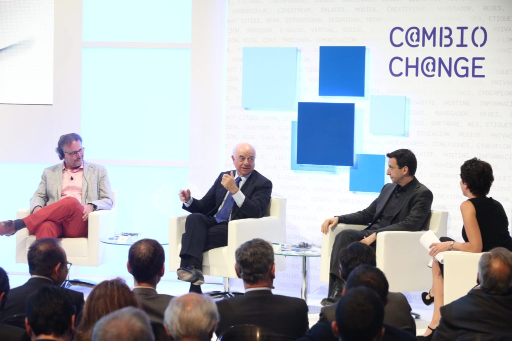 Francisco González during the presentation of the book