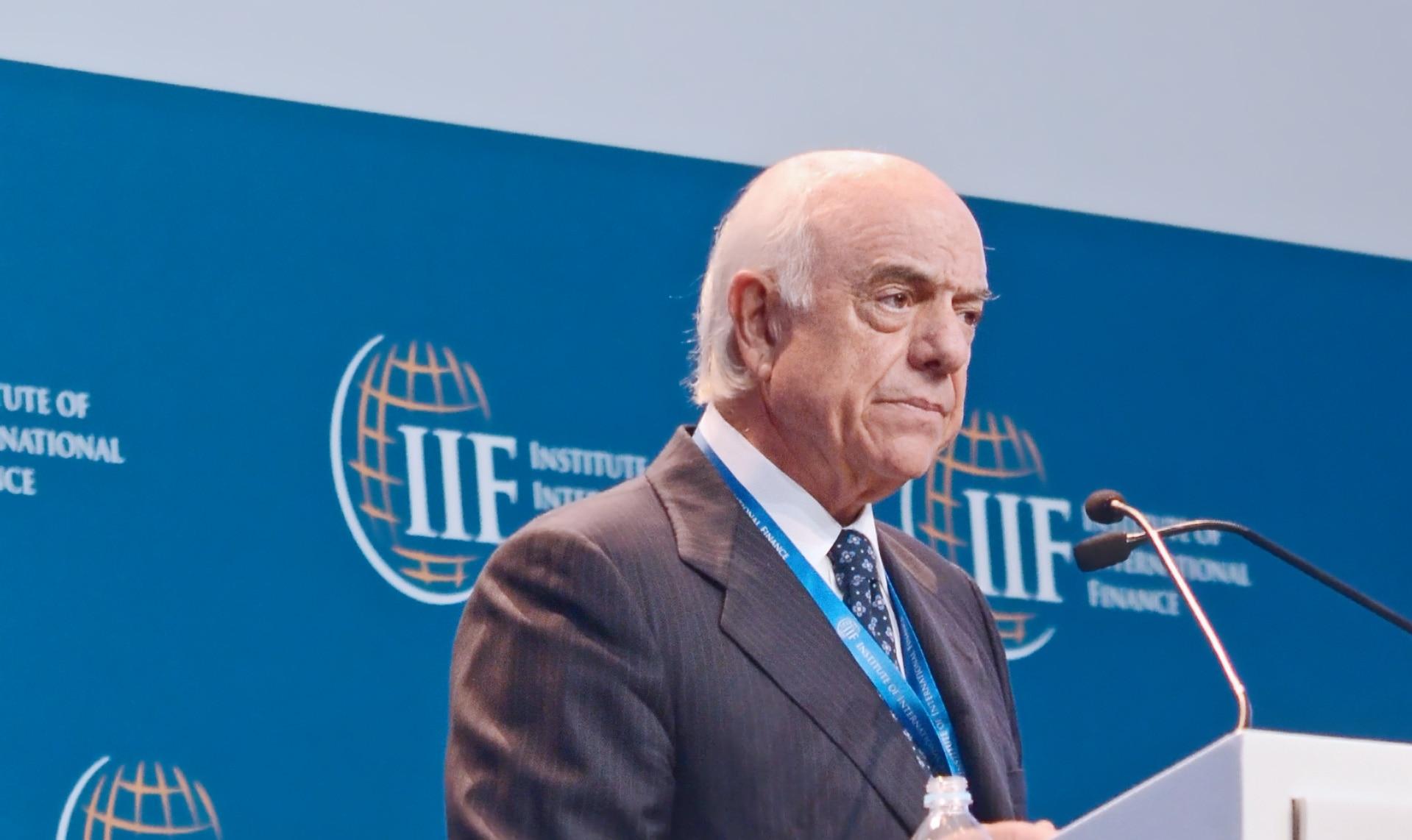 Francisco González - El presidente de BBVA, en el foro anual del IIF en Lima