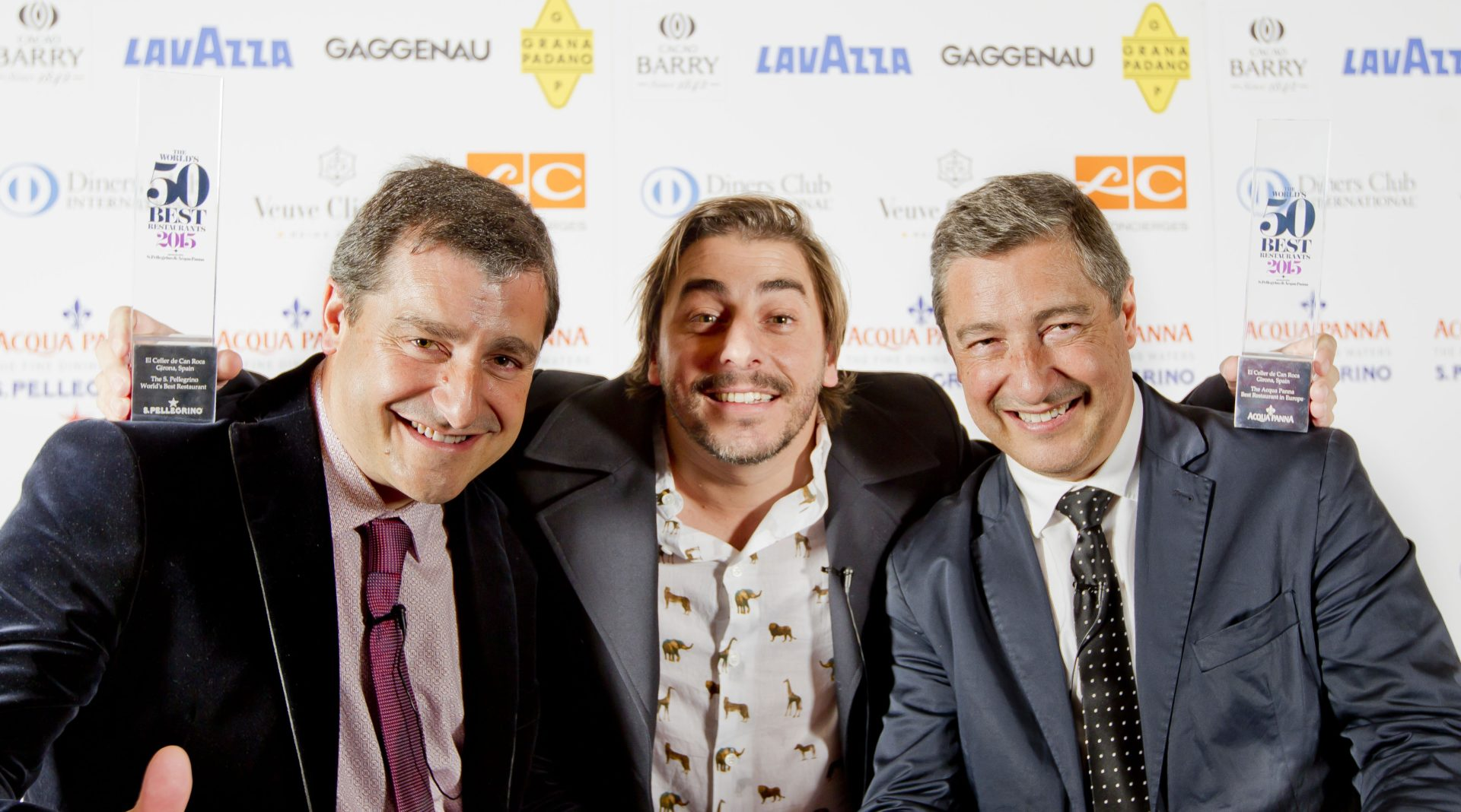 Picture of the Roca brothers with the world's 50 best restaurants award- BBVA