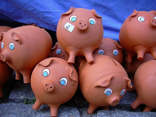 Piggy bank. Savings. Deposits