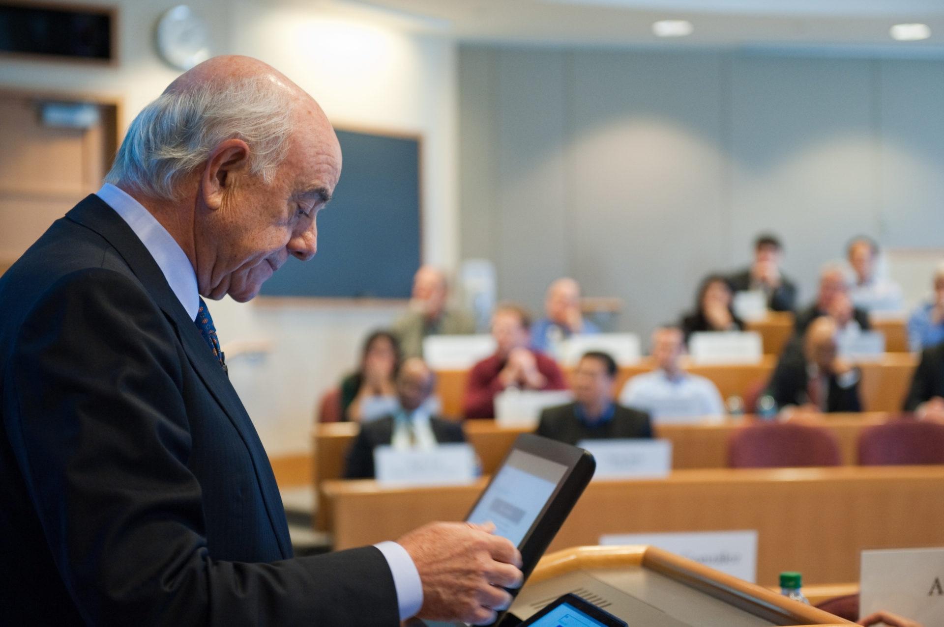 Francisco González in the Harvard Business School photograph BBVA