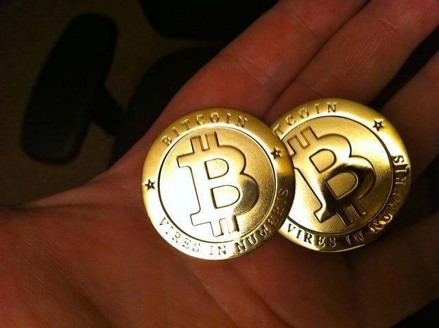 bitcoin trading platform recenzii scaunele btc în sus