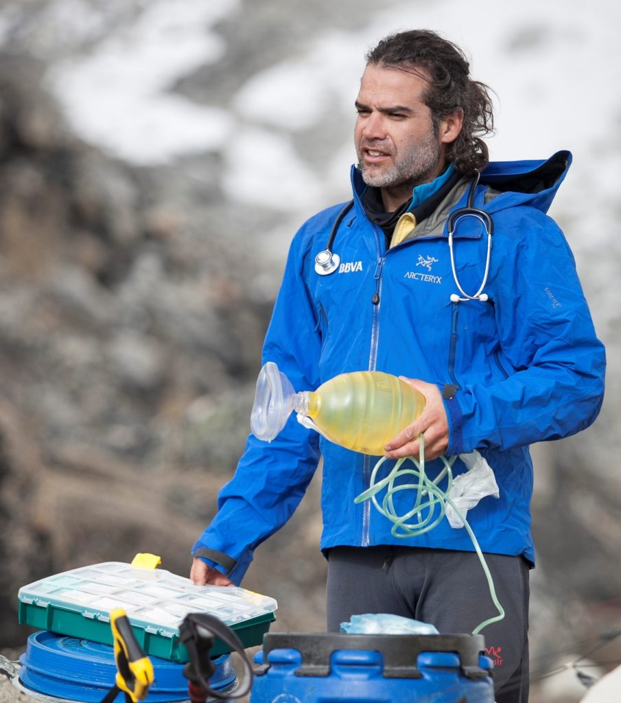 Picture of Carlos Martinez, the doctor of the BBVA Expedition