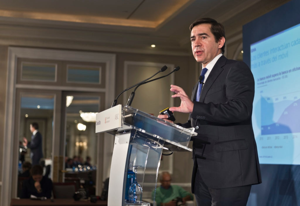 """BBVA CEO Carlos Torres Vila explained this morning that """"the customer will be the biggest winner"""" in the transformation that the banking sector is going through."""