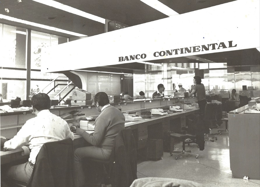 Picture of Larco Miraflores Office Banco Continental BBVA 1982