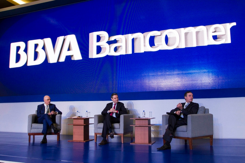 Picture of Education Reform Panel at National Meeting of Directors BBVA Bancomer