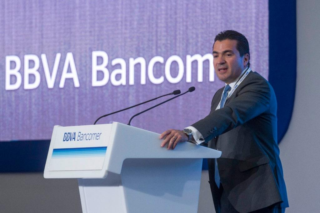 Picture of Eduardo Osuna Osuna, Deputy Chairman and CEO of BBVA Bancomer explained at the National Meeting of BBVA Bancomer executives