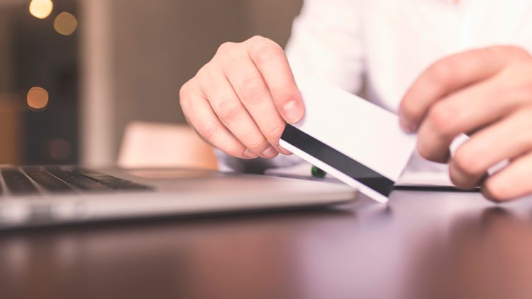 The Difference Between Choosing Debit Or Credit When Paying With