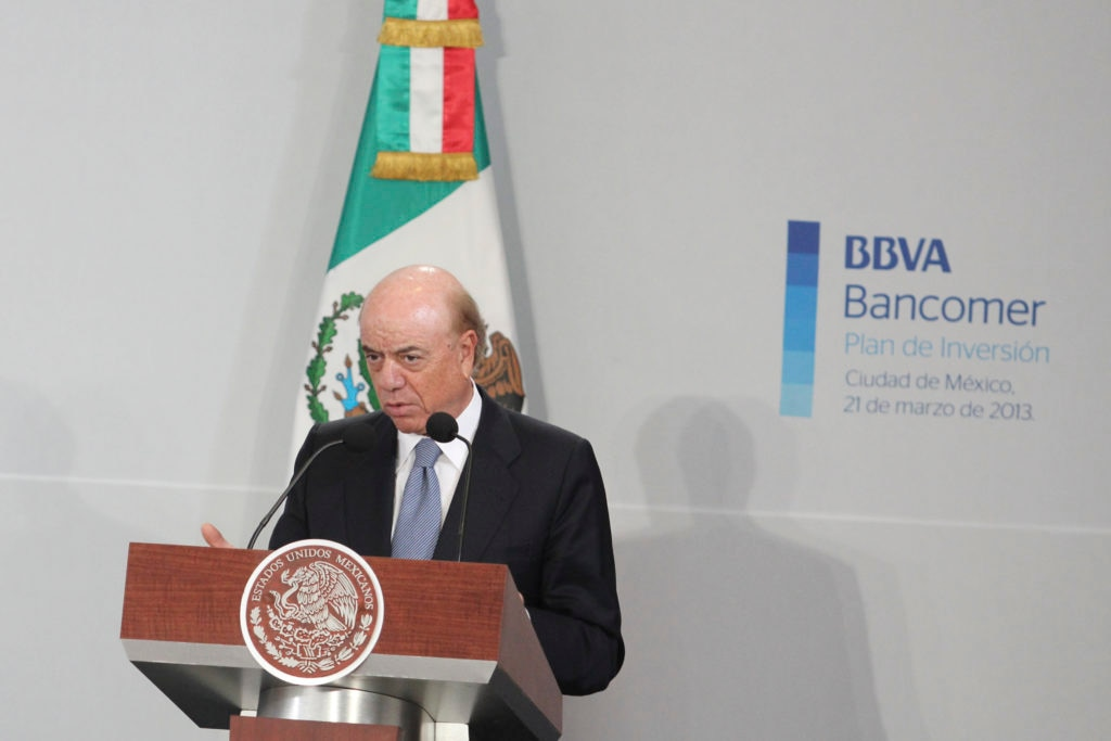Picture of 2013 FG announces before the Mexican President the BBVA-Presidency investment plan for USD 3.5 billion BBVA