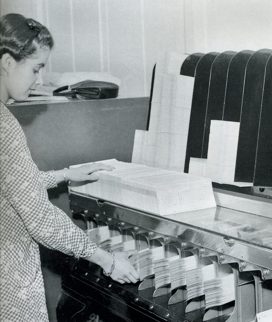 Picture of 1967 Bancomer starts the first system automation process in Mexico BBVA