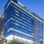 bbva-compass-houston-tower-night-view