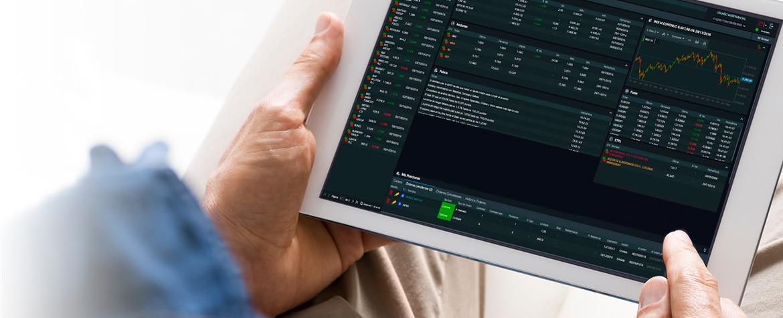 BBVA Trader screen in hands