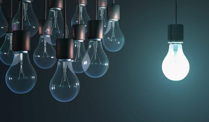 glowing bulb resource recurso fintech technology idea