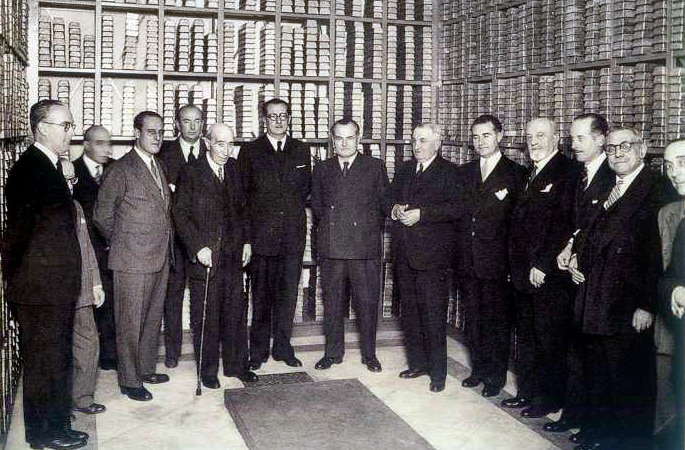 Members of the Spanish Institute of Foreign Currency and the Bank of Spain in 1942